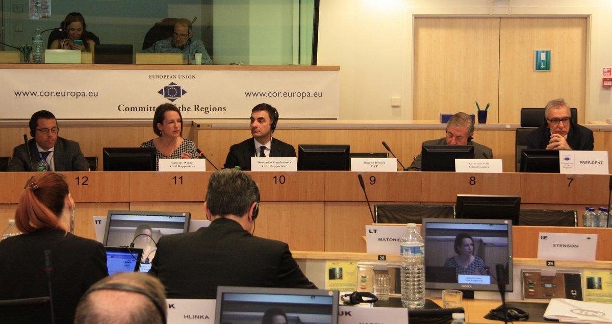 Staatssekretärin Dr. Babette Winter im Ratssaal des Ausschusses der Regionen.