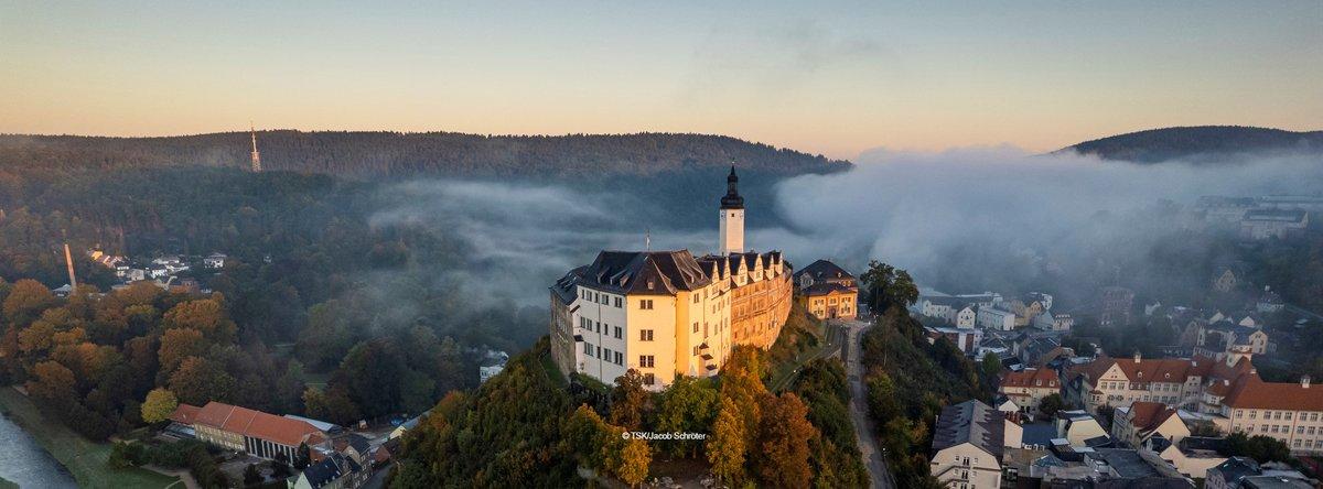 Luftaufnahme Oberes Schloss Greiz im Herbst