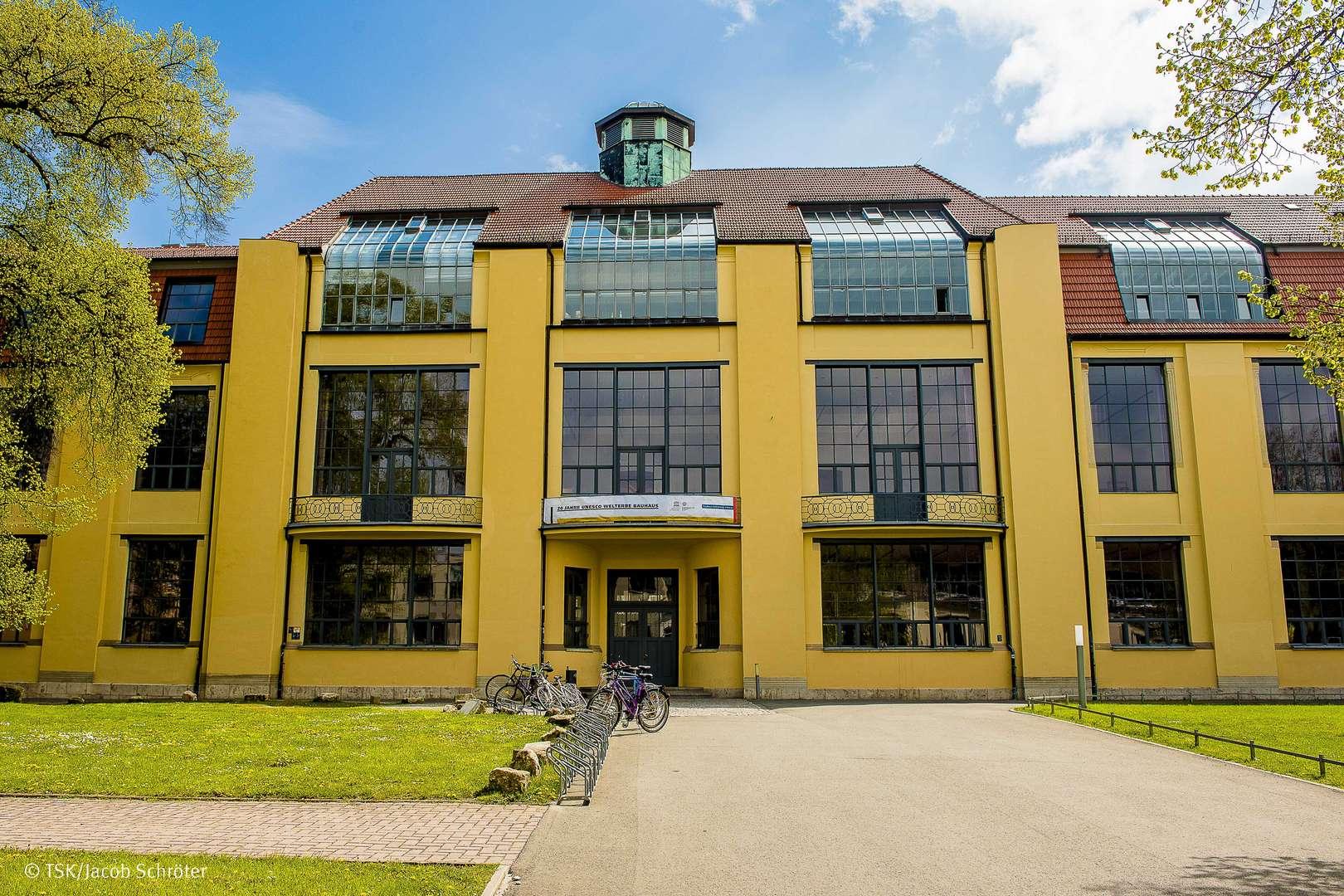 Bauhaus-Universität Weimar, Hauptgebäude von außen